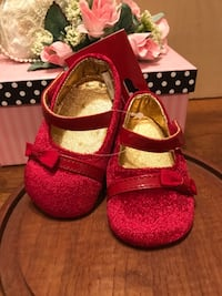 Beautiful Red Velvet Infant Shoes  Gainesville, 20155