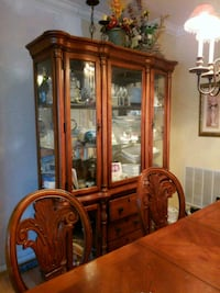 brown wooden framed glass display cabinet Chantilly, 20152