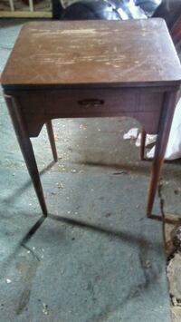 Nice side table with drawer Edmonton, T5G 1Z2