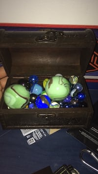 assorted marbles with brown wooden chest Longueuil, J3Y 4K1