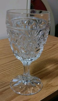 Crystal 7-piece glass ware + plate