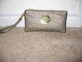 Mulberry Wristlet