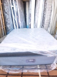 king mattress, luxury hotel comfort pockets. Delivery 50  Edmonton, T5Z 3E4