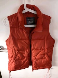 Orange women's vest New Westminster, V3M 0A9