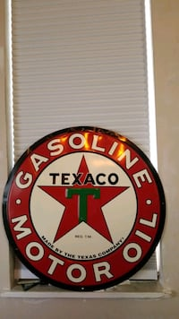 Metal texaco motor oil sign