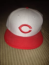 Gray and red chicago bulls fitted cap Toronto, M8Z 4Z5