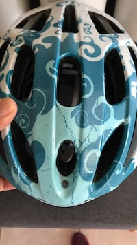 white and blue biking helmet Vancouver, V6P