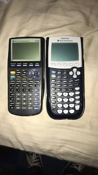 Ti 83 and 84 calculator for sale  Edmonton, T5Y 2L2