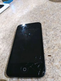 iPhone 4 little crack in the bottom
