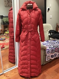 Downfilled Long Coat, Small Toronto, M4L 2X9