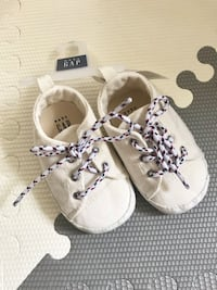 Gap baby shoes brand new