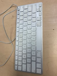 Apple Wired USB Aluminium Keyboard Toronto, M6G 3R2