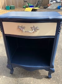 Refinished vintage accent table/ nightstand