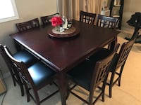 Kitchen table- 8 chairs and lazy susan Mississauga, L5K 2M5