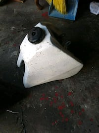 A dirt bike gas tank Oakwood, 30566