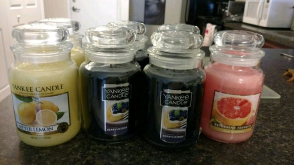 New 22 oz yankee candles