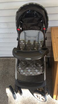 baby's black and gray Graco stroller Sterling, 20164