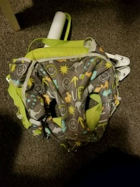 green and brown floral backpack Quinte West, K8V 6B3