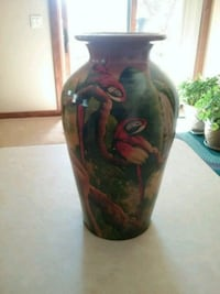 black and red ceramic vase Payson, 85541