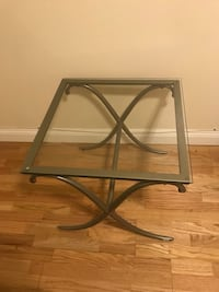 Glass side table! Brand new!!  Glendale, 91205