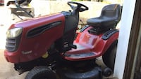 Red and black ride on mower Woodbridge, 22191