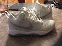 pair of gray Nike running shoes Barrie, L4M
