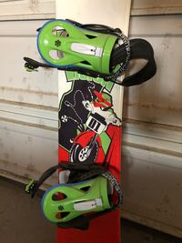 Kids Vision Circuit 138 snowboard with bindings and boots Calgary, T2T 1H8