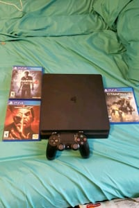 Sony PS4 Slim with controller and game cases Alexandria, 22308