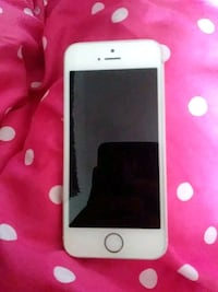 Rose gold IPhone 5s Oakland, 94607