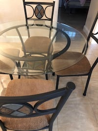 Cast iron Glass table w/ matching 4 Chairs Orlando, 32806