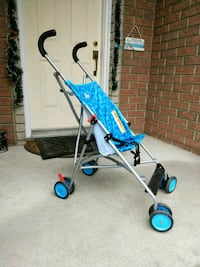 baby blue and gray umbrella stroller