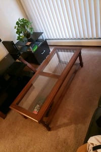 Coffee table  Inver Grove Heights, 55077