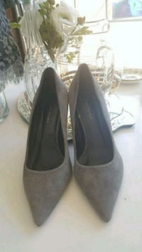 pair of gray suede pointed-toe heeled shoes Vancouver, V5T 1W5