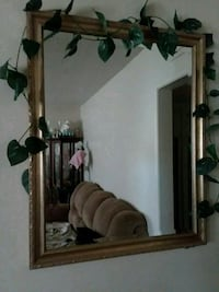Mirror (pick up only) Bakersfield, 93308