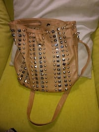 Brown stud purse  Hamilton, L8T 1M7
