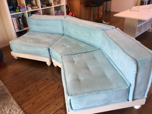 Pottery Barn Teen Lounge Couch