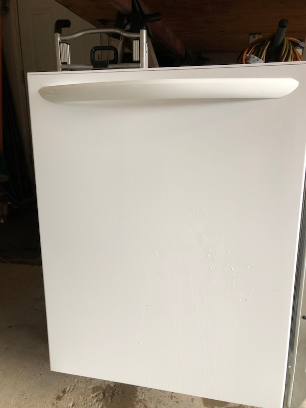 Frigidaire dishwasher three years old works excellent