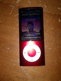 RED APPLE IPOD 5 GENERATION