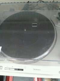 black and gray DVD player Chicago