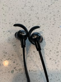 Monster in ear buds