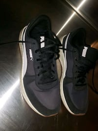 Size 9.5 puma shoes Calgary, T2A 6J1