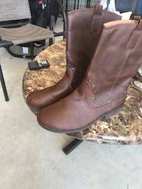 Size 6 women's boots  Harker Heights, 76548