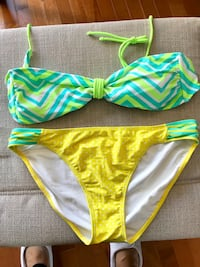 Ladies green and yellow 2-pc swimsuit. size xl but more size large. Winnipeg, R3P 2R5