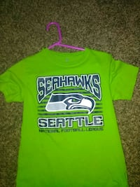 green and blue crew-neck shirt Spokane, 99217