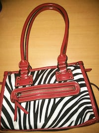 New..Red Zebra Print Purse.. Hopkinsville, 42240