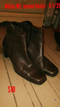 White Mt. brown boots size 8 1/2M Parkersburg, 26101