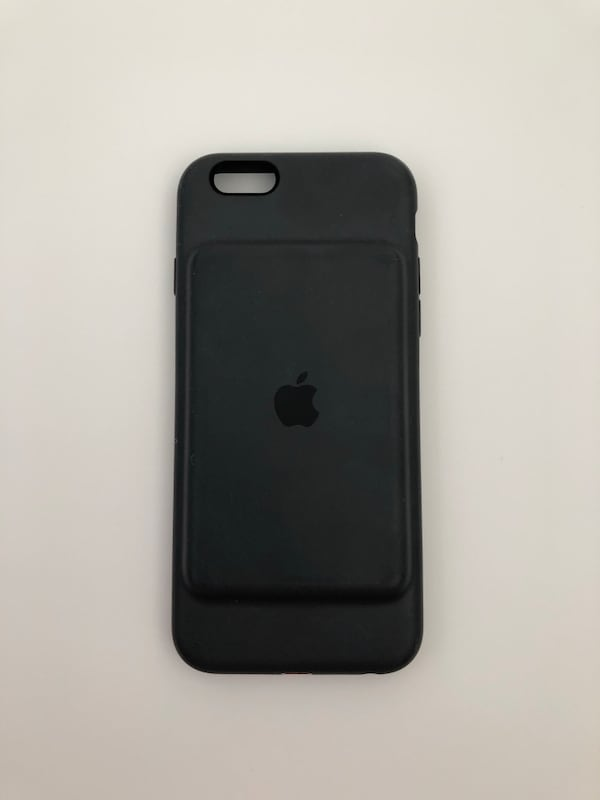 iPhone 6/6s apple charging case. Great condition $50 firm  8c90d5c4-31c4-4c17-bc00-bb0f09b152eb