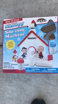 The original snoopy sno-cone machine box with clamp Goodyear, 85395