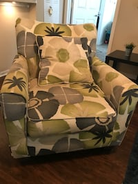 Lightly used Accent Chair St. Petersburg, 33714