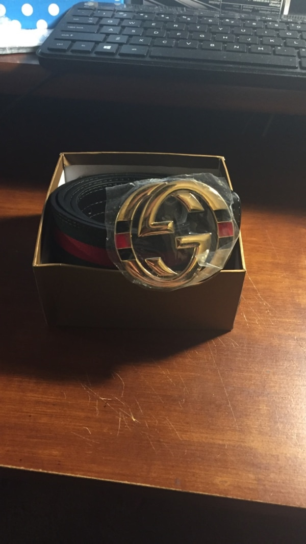 5db72b36398 Used Gucci Belt gold buckle.red